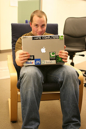 ryan_dead_powerbook_300.jpg